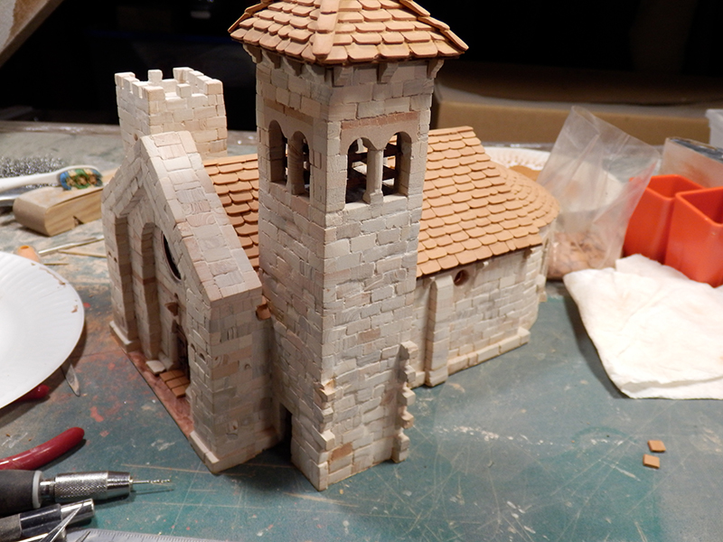 Village médiéval fortifié - Page 5 P1200016
