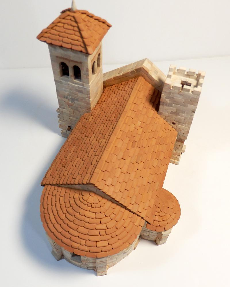 Village médiéval fortifié 14è- bastide - éch1:87 P1200039