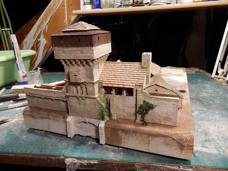 Village médiéval fortifié (2) - Page 6 P1300017