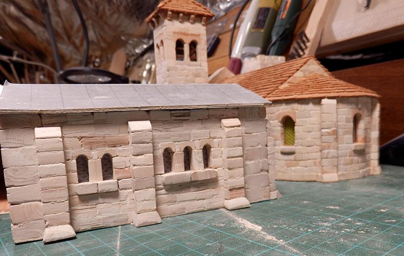 Village médiéval fortifié - Page 6 P2110017