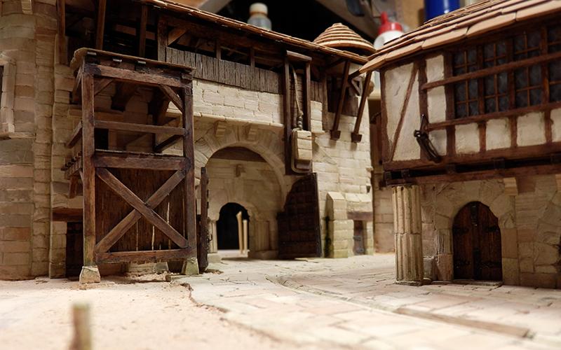 Village médiéval fortifié (2) - Page 8 P2140017