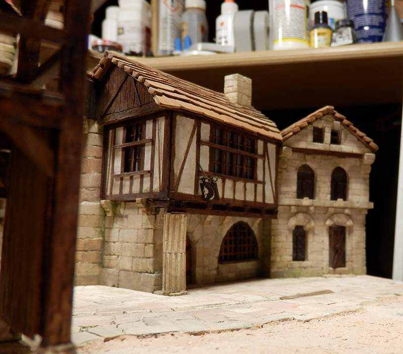 Village médiéval fortifié (2) - Page 8 P2140025