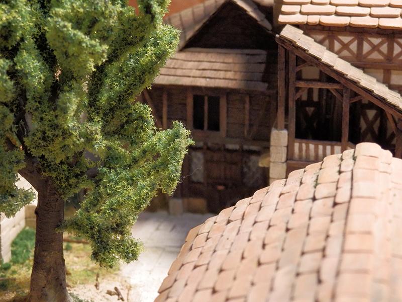 Village médiéval fortifié (2) - Page 8 P2140031