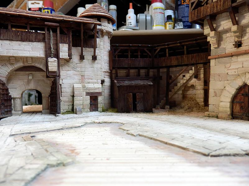 Village médiéval fortifié (2) - Page 8 P2150016