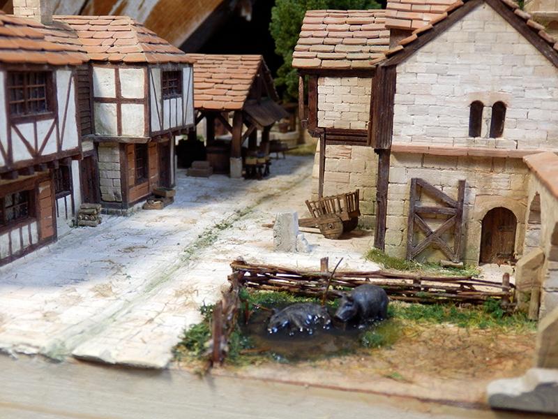 Village médiéval fortifié (2) - Page 8 P2150020