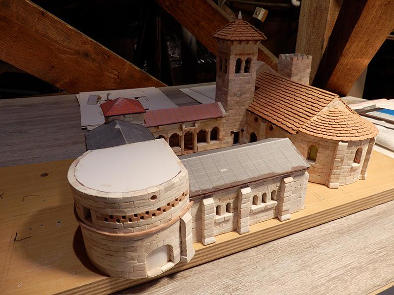Village médiéval fortifié - Page 7 P2160013