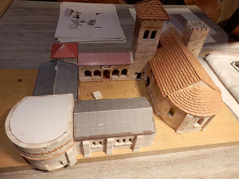 Village médiéval fortifié - Page 7 P2160015