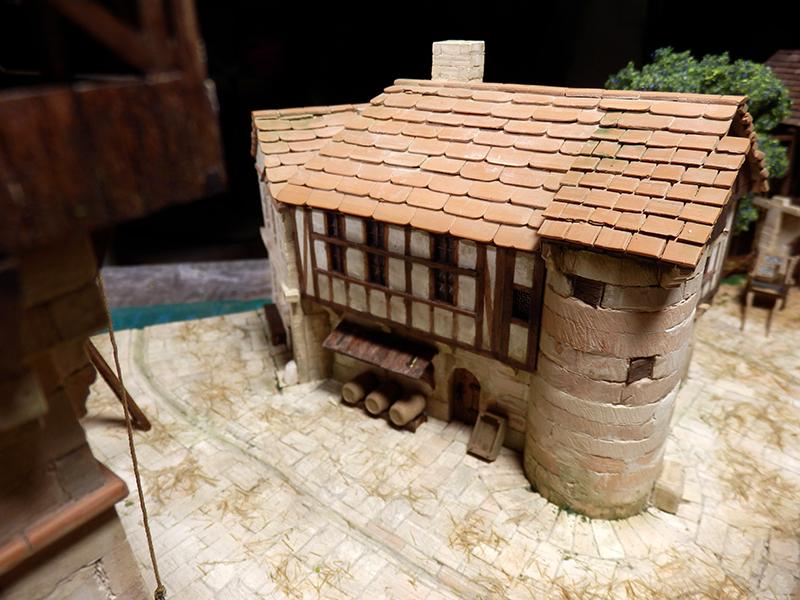 Village médiéval fortifié (2) - Page 9 P2170017