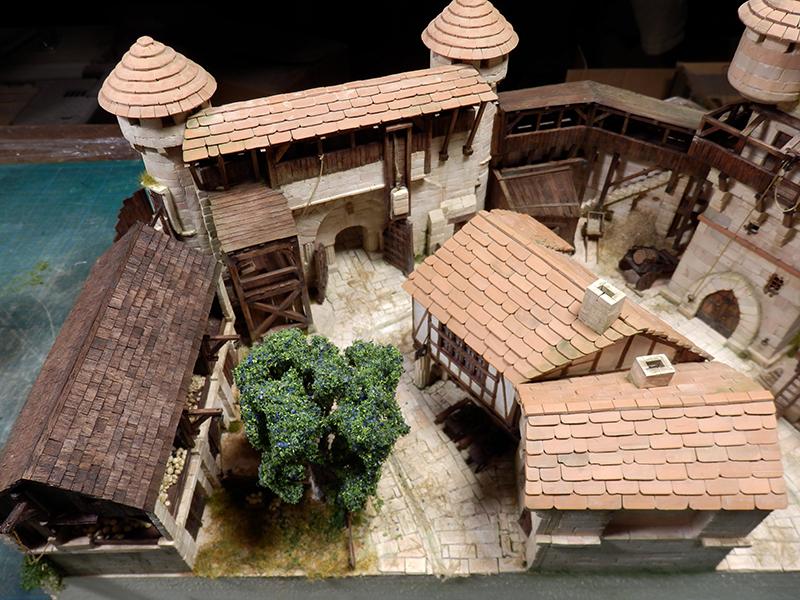 Village médiéval fortifié (2) - Page 9 P2170024