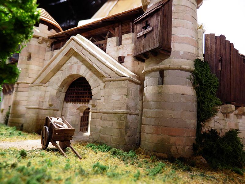 Village médiéval fortifié (2) - Page 10 P2210015