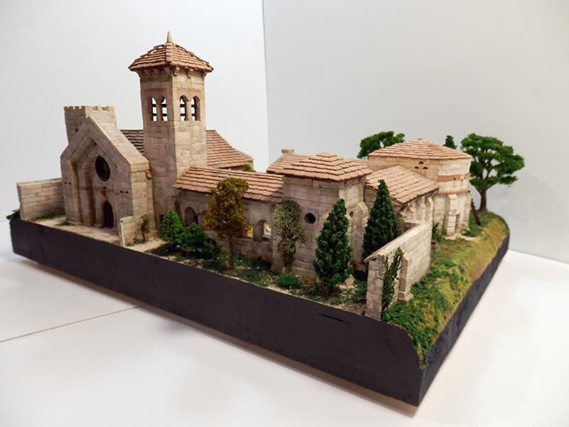 Village médiéval fortifié (2) - Page 10 P2210045