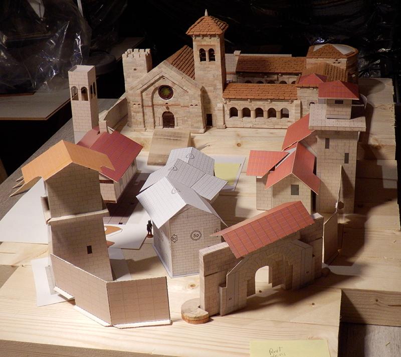 Village médiéval fortifié - Page 9 P3030015