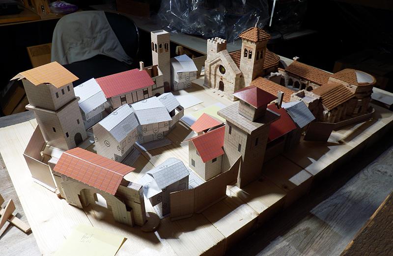 Village médiéval fortifié - Page 9 P3050015