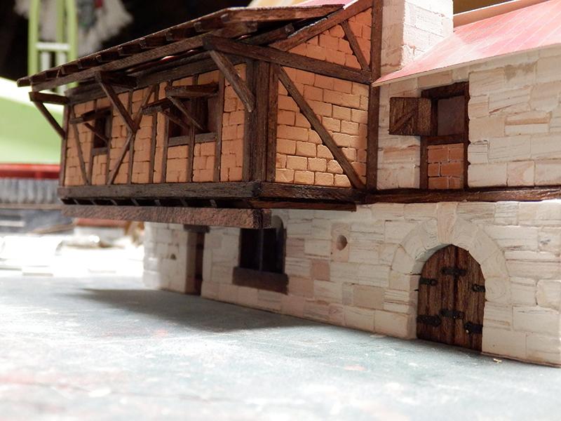 Village médiéval fortifié - Page 12 P3240010