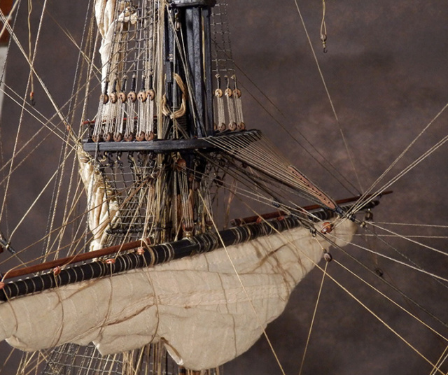 Victory 1737 - éch 1/84 - inspiré du Victory 1737-1744 - Page 3 P3240021
