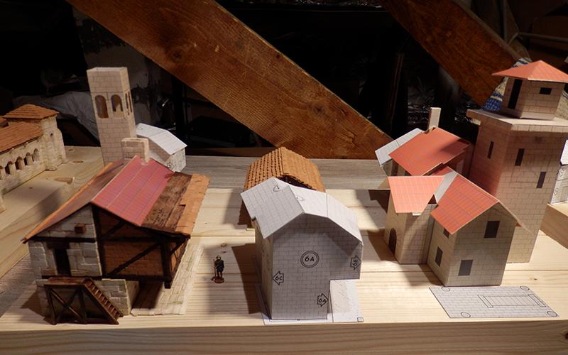 Village médiéval fortifié - Page 12 P3260012