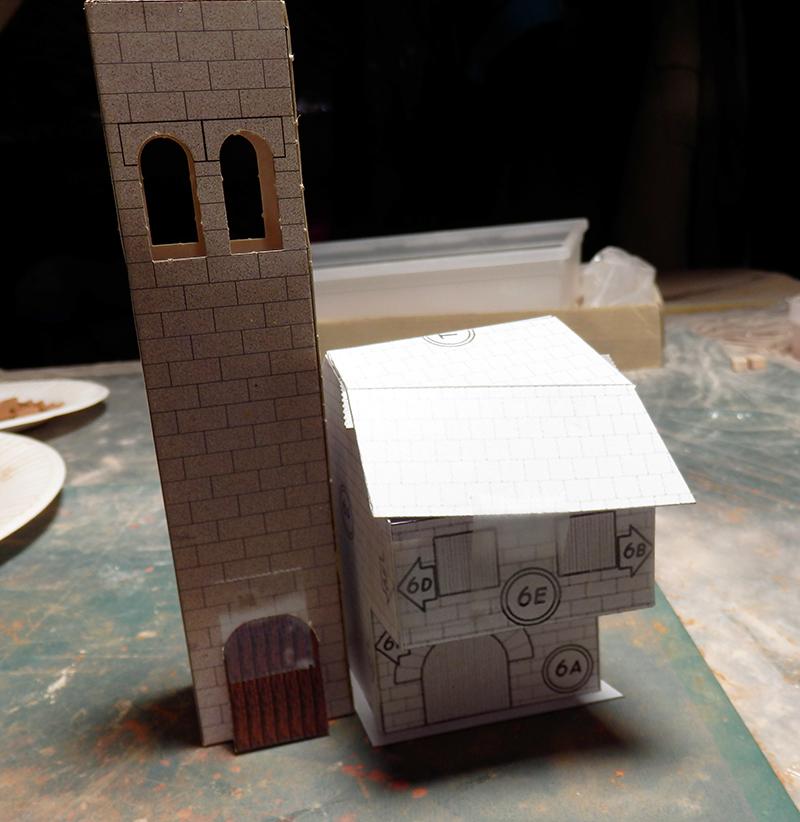 Village médiéval fortifié - Page 12 P3270012