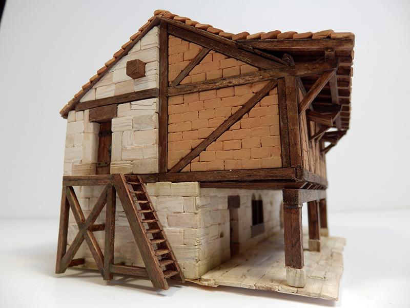 Village médiéval fortifié - Page 12 P3290012