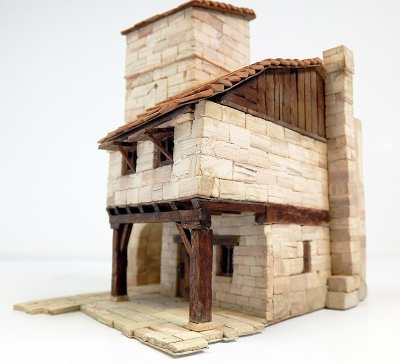 Village médiéval fortifié 14è- bastide - éch1:87 P4120024