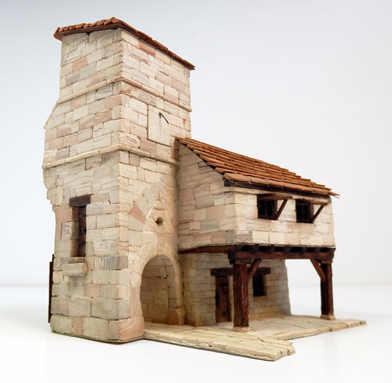 Village médiéval fortifié 14è- bastide - éch1:87 P4120025