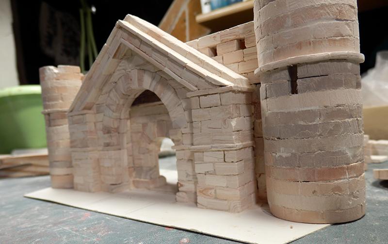 Village médiéval fortifié (1) - Page 19 P5280011