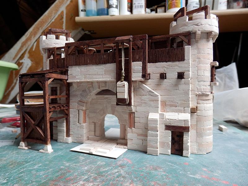 Village médiéval fortifié - Page 20 P6050015