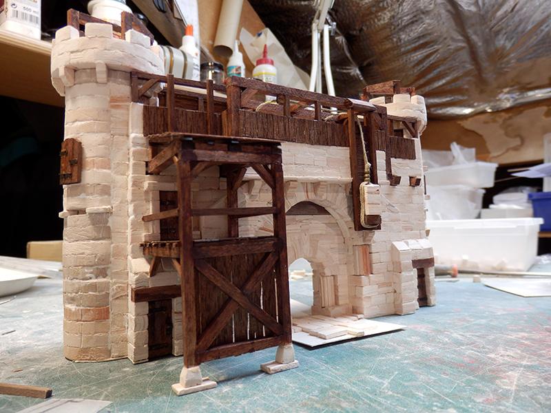 Village médiéval fortifié - Page 20 P6050016