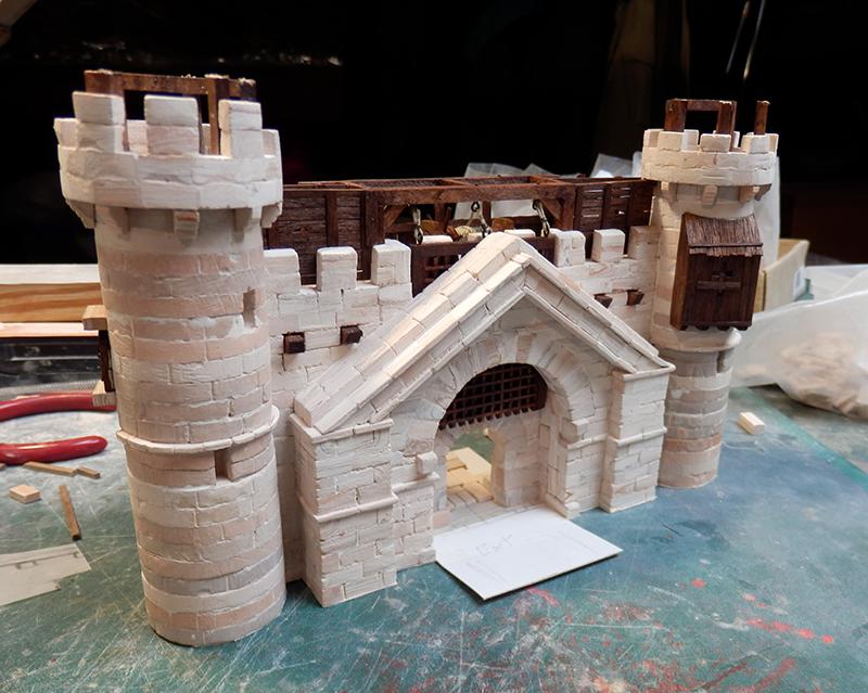 Village médiéval fortifié - Page 20 P6050020