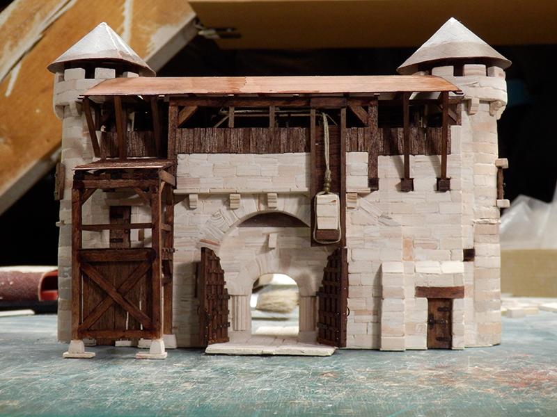 Village médiéval fortifié - Page 20 P6070015