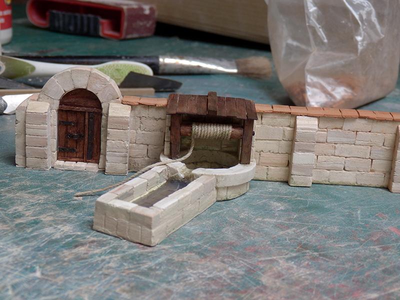 Village médiéval fortifié (1) - Page 22 P7060020
