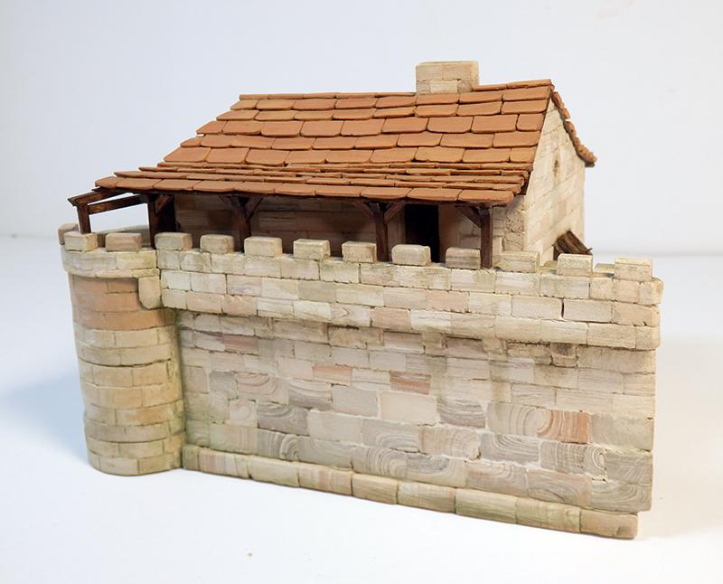 Village médiéval fortifié (1) - Page 22 P7090016
