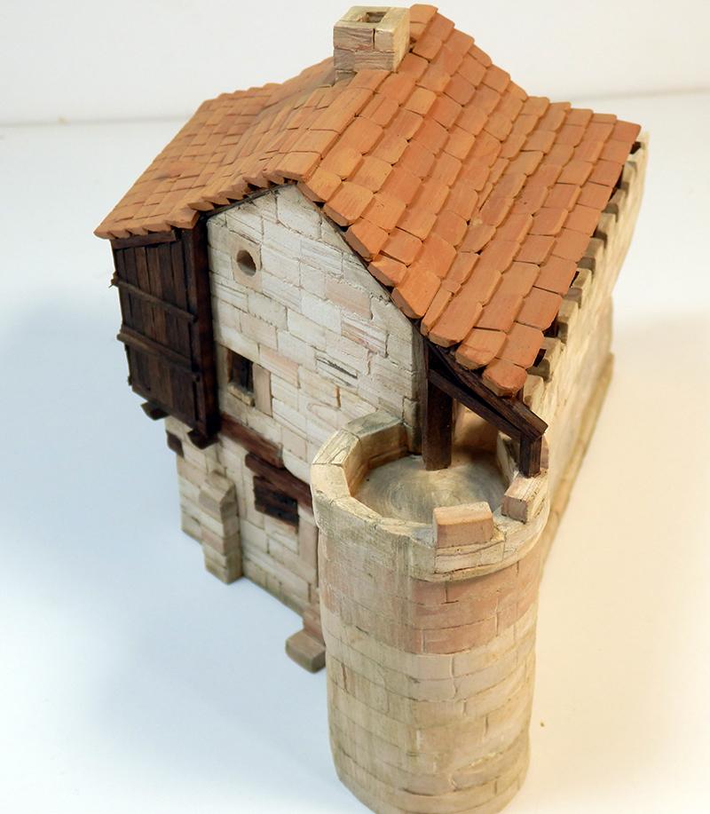 Village médiéval fortifié (1) - Page 22 P7090018