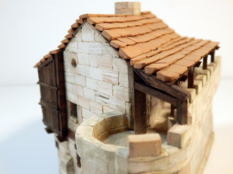 Village médiéval fortifié (1) - Page 22 P7090019