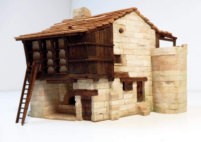 Village médiéval fortifié 14è- bastide - éch1:87 P7090031