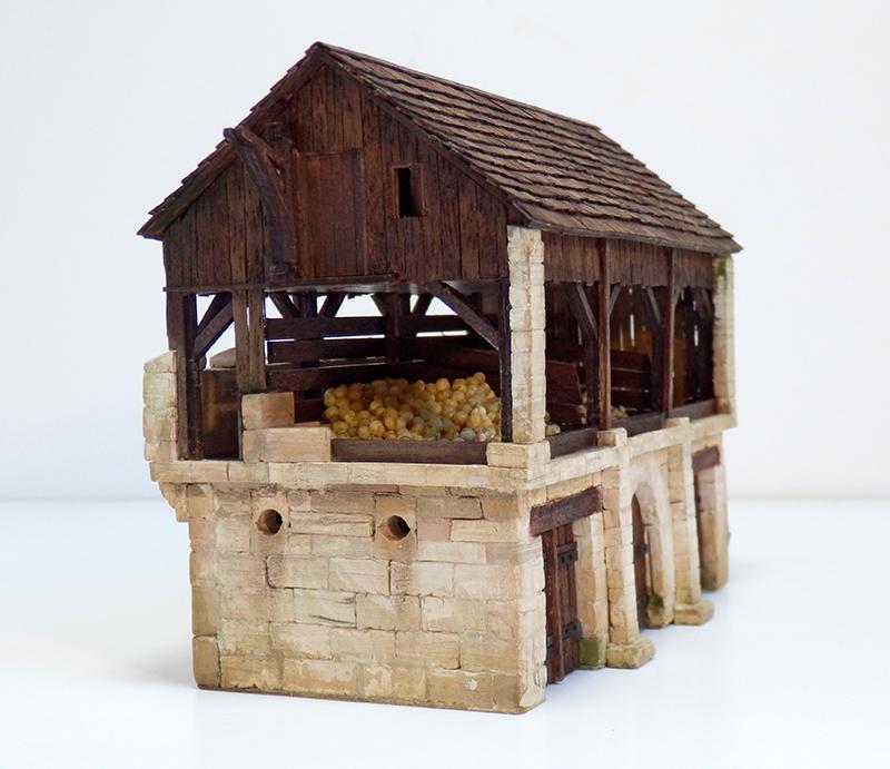 Village médiéval fortifié - Page 25 P9090014