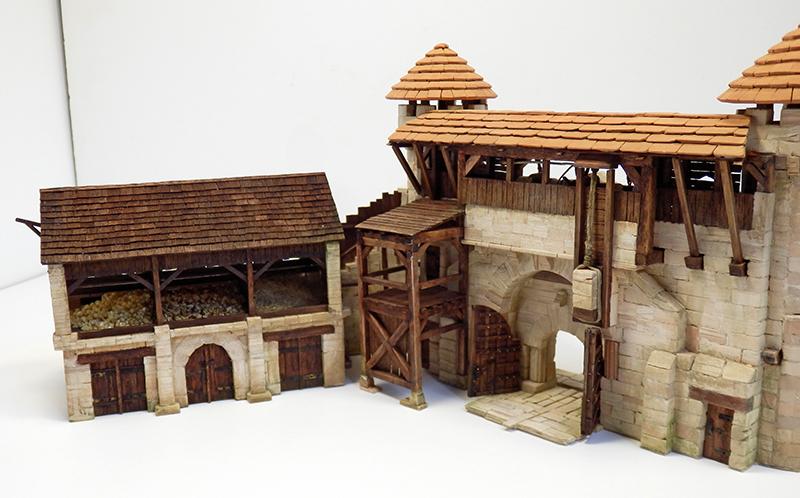 Village médiéval fortifié 14è- bastide - éch1:87 P9090028