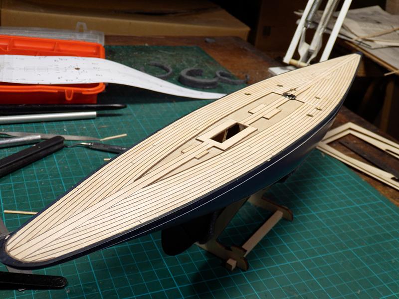 Endeavour 1934 - yacht J-class - 1:80 Amati - Page 2 P9140012