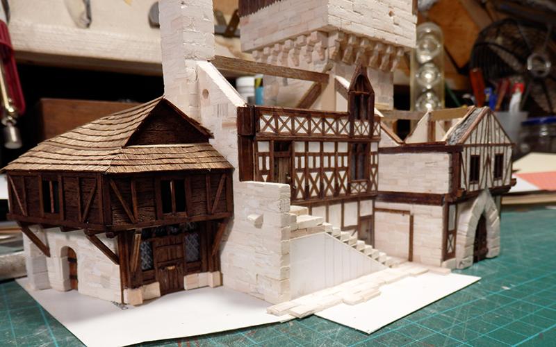 Village médiéval fortifié - Page 28 Pa170010