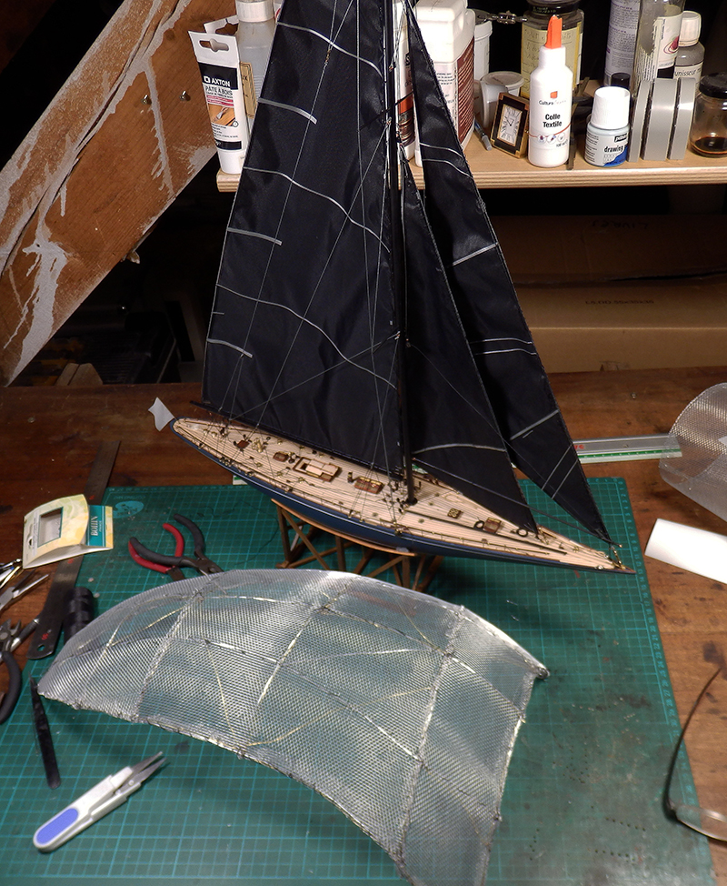 Endeavour 1934 - yacht J-class - 1:80 Amati - Page 5 Pa180015