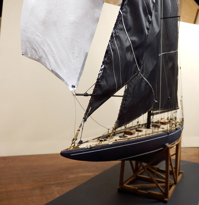 Endeavour 1934 - yacht J-class - 1:80 Amati - Page 5 Pa290013