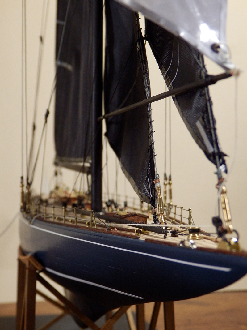 Endeavour 1934 - yacht J-class - 1:80 Amati - Page 5 Pa290014