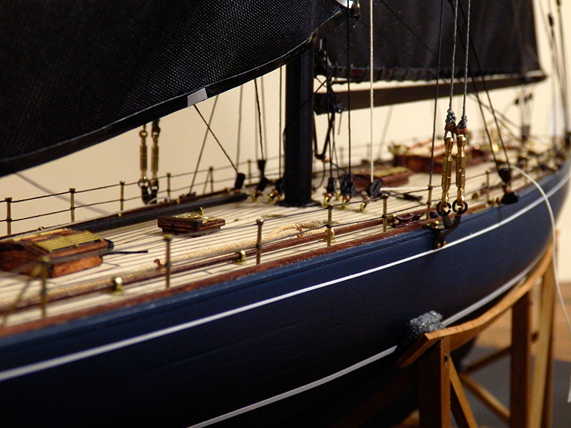 Endeavour 1934 - yacht J-class - 1:80 Amati - Page 5 Pa290016