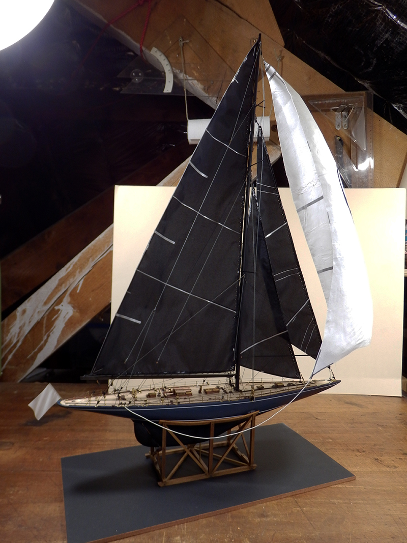 Endeavour 1934 - yacht J-class - 1:80 Amati - Page 5 Pa290017