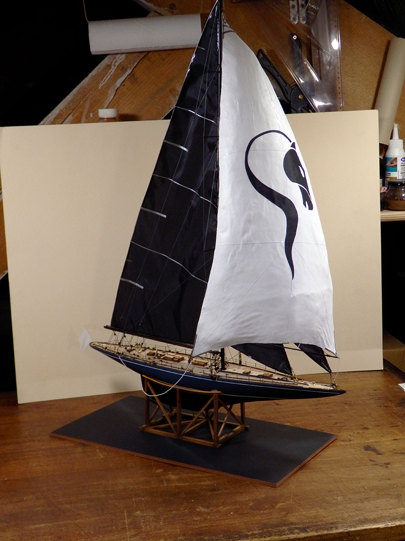 Endeavour 1934 - yacht J-class - 1:80 Amati - Page 5 Pa290018