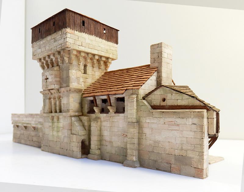 Village médiéval fortifié 14è- bastide - éch1:87 Pb030035