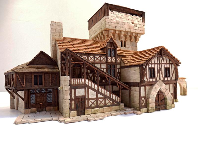 Village médiéval fortifié 14è- bastide - éch1:87 Pb030036