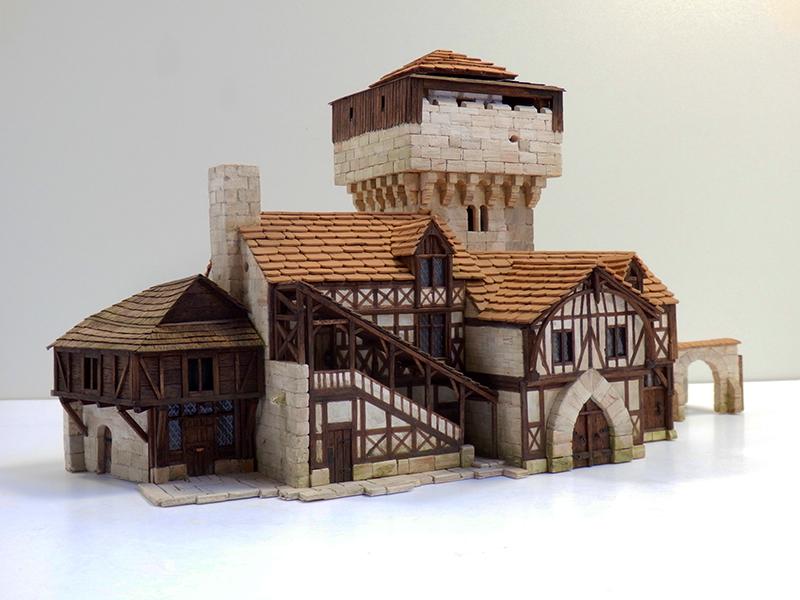 Village médiéval fortifié 14è- bastide - éch1:87 Pb030037