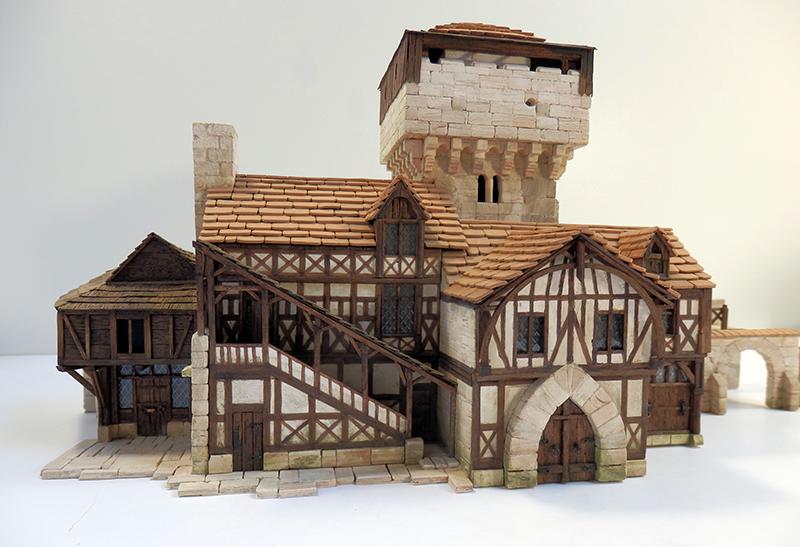 Village médiéval fortifié 14è- bastide - éch1:87 Pb030046