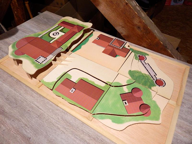 Village médiéval fortifié - Page 2 Pb120015