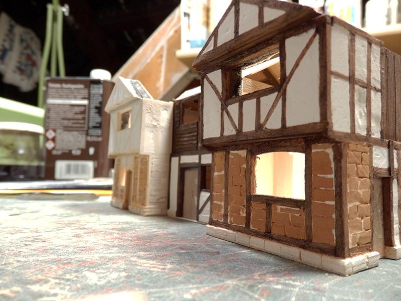Village médiéval fortifié (1) - Page 35 Pc040013